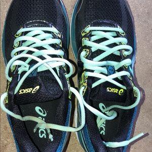 Women's ASICS running shoes size 7.5